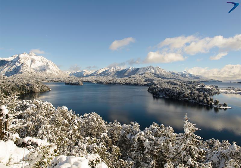 vista aerea lago nahuel huapi