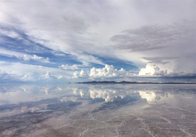 céu refletido no salar de uyuni Bolívia